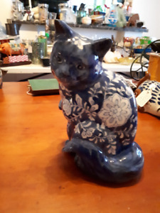vintage blue and white cat figurine