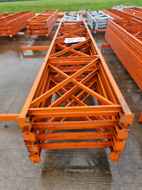 Warehouse industrial pallet racking