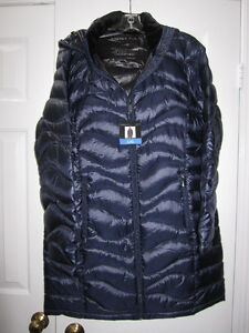 Down Coat, Andrew Marc (Large) fits M-L,   BNWT:REDUCED