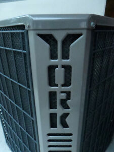 YORK AIR CONDITIONER 2.5 TON ABP COIL 12 SEER