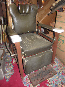 ANTIQUE KOKEN BARBER OR DENTAL CHAIR TILTING GREAT CONDITION ASK