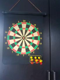 Magnetic Hanging Dart Board