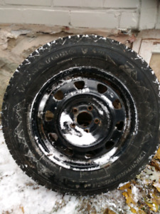 215 70r16 firestone winterforce winter tire