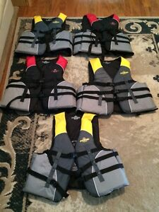 6 LIFEJACKETS FOR SALE London Ontario image 1