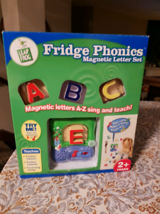 Learning leap frog interactive fridge phonics