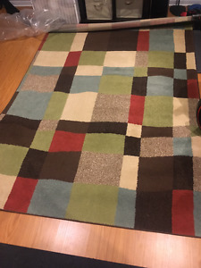 Area rug, 64x92 inches, great shape!