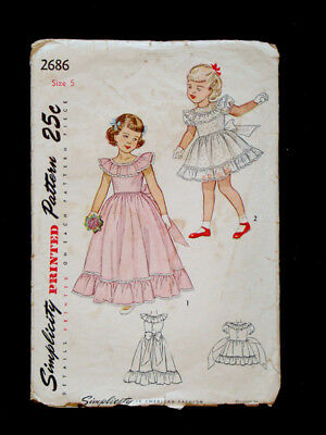 1940's Vintage SIMPLICITY #2686 GIRLS Short & Long DRESS Fashion PATTERN Sz5