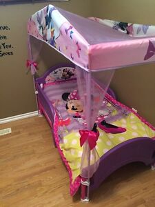 Toddler Girls Minnie Mouse Bed