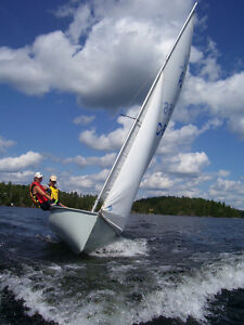 Want to learn to sail this summer?