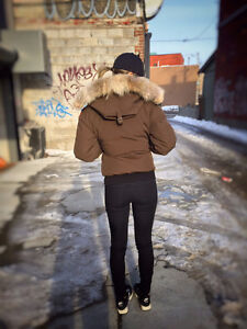 Canada Goose mens replica discounts - Canada Goose Jacket Green | Kijiji: Free Classifieds in Ontario ...