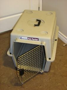 Pet Carrier / Crate