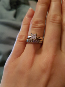 Princess cut solitaire engagement ring and wedding band