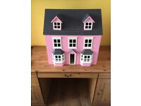 Child's dolls house