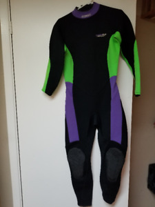 Dacor Thermelle 2/3mm Wetsuit