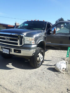 REDUCED...2005 F350 DIESEL DUALLY SUPER CREW LARIAT