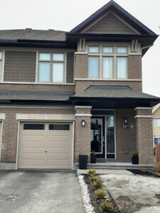 2550 Sq Ft Semi-Detached on Oversized Lot for Sale in Barrhaven