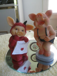 PAIR of JOVIAL LITTLE PIGS...Without a Doubt