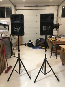 EV PA/ CLUB / Event Speakers with Black Aluminum Stands