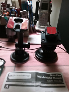 Windshield  mount for Phone , GPS , MP3 , IPHONE ,suction mount