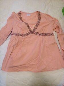 Motherhood maternity shirt size lg London Ontario image 1
