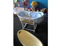 Babys rocking Moses bed great condition