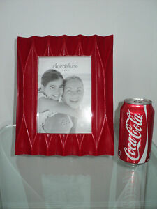 CLAIR DE LUNE RED MODERN PHOTO/PICTURE FRAME - NEW WITH TAGS