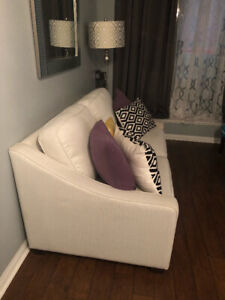 Contemporary Pull Out Couch