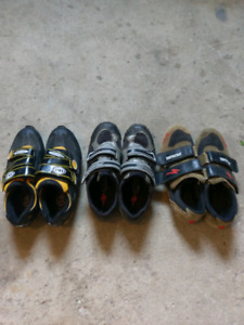 2 pairs clipless SPD mountain bike shoes