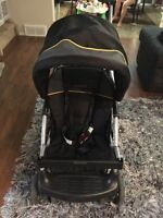 Like New!!!Baby trend sit n stand Lx stroller n carseat w/base