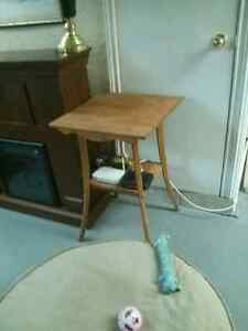 Solid wood table $15.00