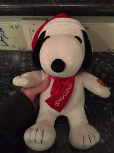 Musical Christmas SNOOPY Plush Toy (NEW)