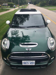 MINI COOPER S-FULLY LOADED-LEATHER-PANO ROOF