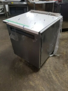 BRAND NEW DELFIELD UNDER-COUNTER COOLER