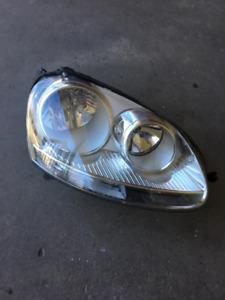 OEM MK5 VW Jetta Head Light Lens (Passengers Side)