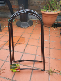 Grow bag cane supports