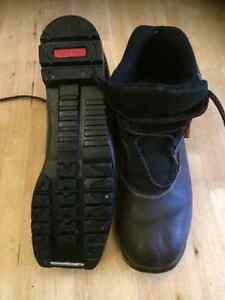 Rossignol NNN BC Men's size 9 Boots
