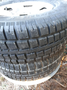 Winter tires 265-70-17
