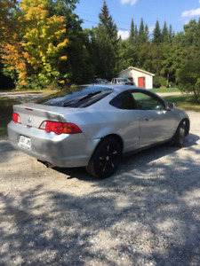 2002 Acura RSX Coupé (2 portes) **2800$ need to go