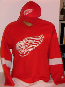 DETROIT  RED WINGS  Jersey/Nike Hat