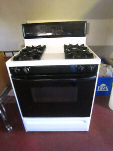 Gas stove-STRATHROY