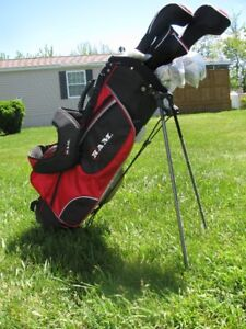 Brand new, never been used, RAM Accubar Golf Clubs, incl bag
