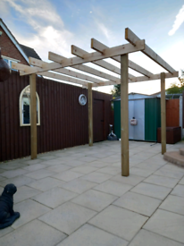 2.5M X 2.5M WOODEN PERGOLA ASSEMBLED FREE LOCAL DELIVERY (ST HELENS)