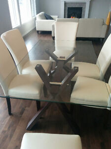 Glass Dining Table and 6 Chairs For Sale - Mint Condition!