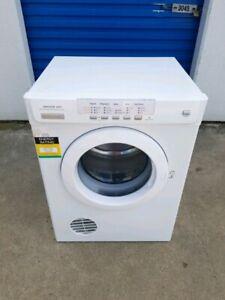 5KG Electrolux Auto Sensing Clothes Dryer