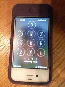Unlocked Iphone 4S,  like new