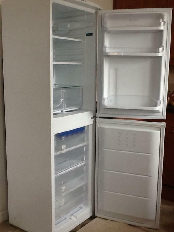 Hotpoint Rfa52 Fridge Freezer In Inverness Highland
