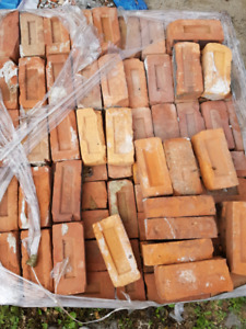 FREE RECLAIMED BRICKS NEED THEM GONE TODAY