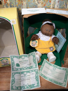 Vintage 1985 Cabbage Patch Kid Preemie 'Nicholas Edwin' MIB Cambridge Kitchener Area image 5