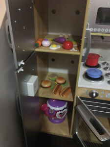 Kidkraft Uptown kitchen with extras!  Great Christmas present!