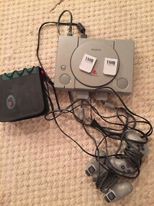 Best offer PS1, 2 controllers, 2 memory cards, 6 games